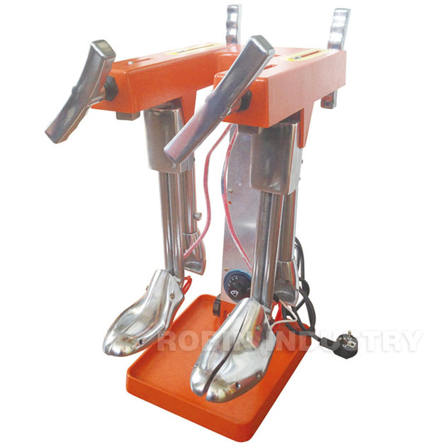 Heating boot stretcher machine